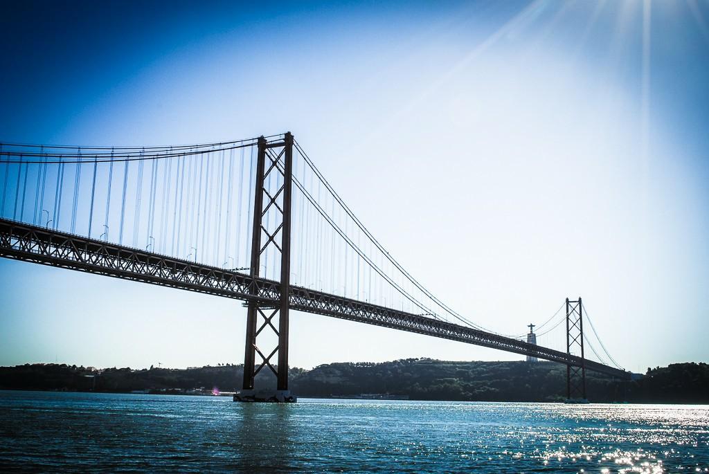 Städtetrip nach Lissabon - Hügel, Fluss und Mee(h)r- Brücke Lissabon (c) Verena Berbüsse für www.reise-berichten.de